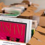 Archiv Galerie / Leseecke mit befüllten Archivboxen, Foto Vadim Kretschmer